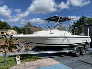 CENTURY Boat 2002 for Sale in Miami, FL