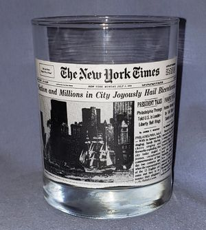 Wendy's/ New York Times Bicentennial Article Collectible Drinking Glass for Sale in Columbus, OH