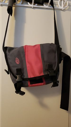 Timbuk2 classic messenger bag (extra small) for Sale in Lynnwood, WA
