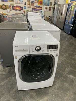 LG 4.3 cu.ft Front load washer and dryer combo all in one for Sale in Chino, CA