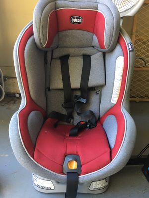 Chicco car seat for Sale in Suwanee, GA