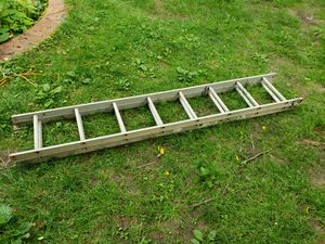 16 foot aluminum ladder for Sale in Bristol, PA