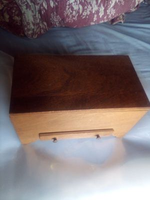 Vintage Wood Jewelry Box for Sale in Vallejo, CA
