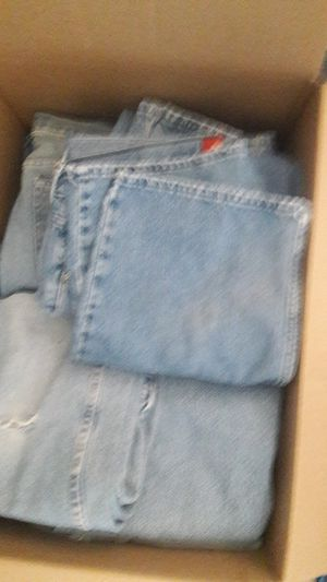 Large box men's used jeans for Sale in Glendale, AZ