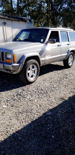 2001 jeep Cherokee sport for Sale in BETHEL, WA
