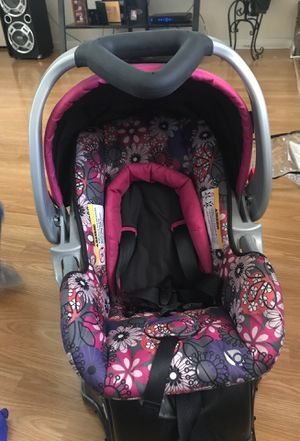 Baby trend infant car seat for Sale in Pajaro, CA