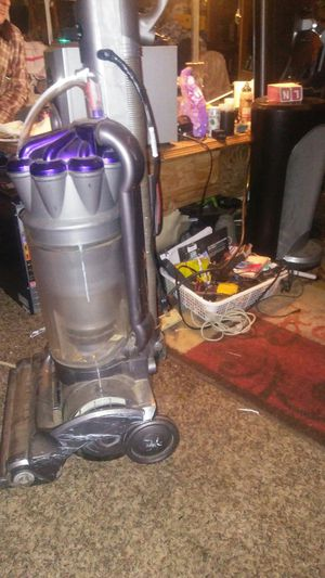 Dyson DC17 Vacuum for Sale in Fresno, CA