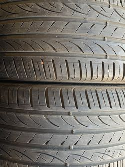 (2)255-35-19 PAIR OF USED TIRES HANKOOKS for Sale in Los Angeles,  CA