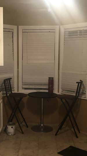 High Table & Chair for Sale in Detroit, MI