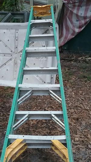 8ft Werner fiberglass step ladder for Sale in Brooksville, FL