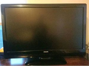 """Phillips 42"""" Tv(PRICE IS FIRM) for Sale in Millersburg, PA"""