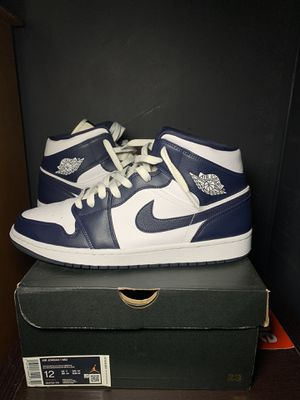 Metallic Gold Obsidian Mid 1s Size 12 for Sale in The Bronx, NY