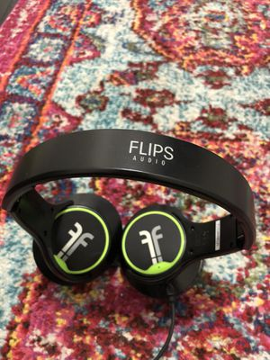 Flips Audio Collapsible HD Headphones and Stereo Speakers, Black w/ case for Sale in Seattle, WA