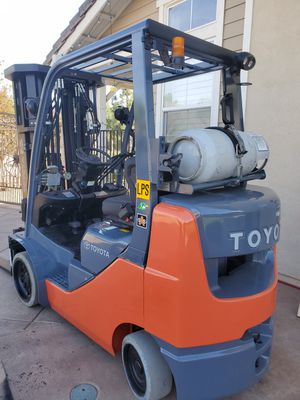 Toyota forklift 2014 for Sale in Los Angeles, CA