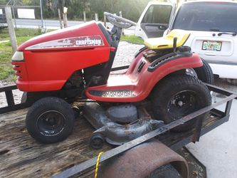 Craftsman Tractor for Sale in Winter Haven,  FL