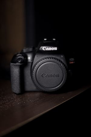 Canon Rebel T6 for Sale in Elyria, OH