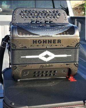 Hohner Anacleto compact 5 switch for Sale in San Benito, TX