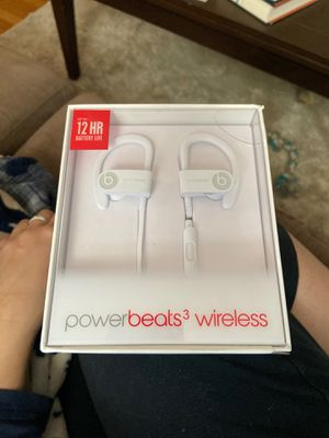 Beats by Dre wireless headphones (New) for Sale in Boston, MA