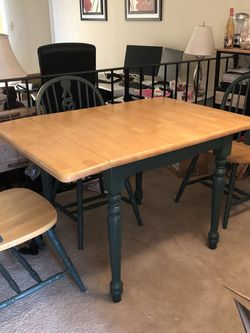 Moving - Oak Table With 4 Chairs for Sale in Springfield,  VA