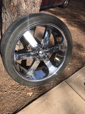 Set of 24 inch chrome rims w/ tires for Sale in Lakeside, AZ