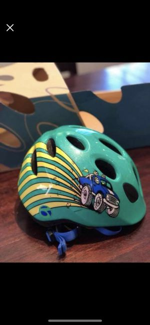 Child's bike helmet for ages 1-5 adjustable. Like new! Was 35.00 at bike shop only asking 19.00 for Sale in Columbus, OH