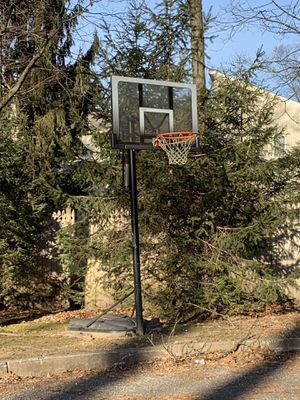 Basketball hoop for Sale in Closter, NJ