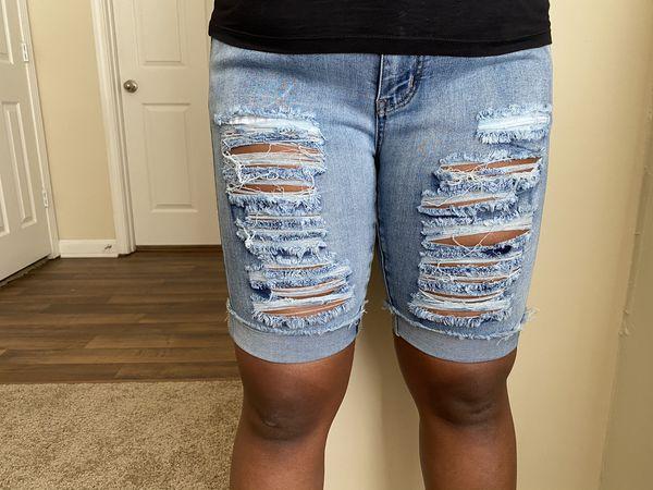Women's ripped jean shorts