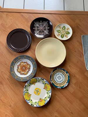 Free assorted plates for Sale in Castro Valley, CA