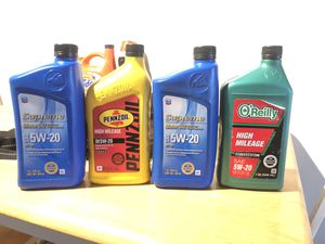 Name brand, never opened 5w-20 high mileage motor oil. for Sale in Vancouver, WA