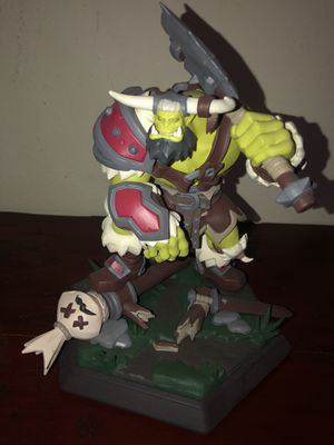 World of Warcraft thrall statue for Sale in Irwindale, CA