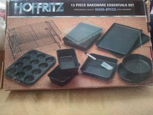 New 13 piece bakeware for Sale in Spring Hill, TN