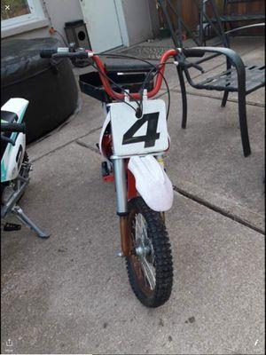 Razor dirt bike for Sale in Arnold, MO