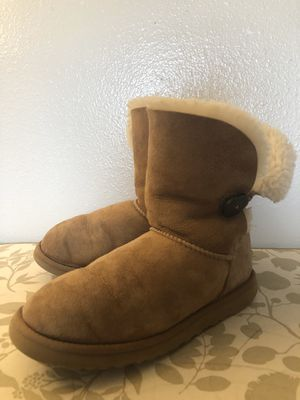 UGG size 8🛍👧🏻 for Sale in Everett, WA