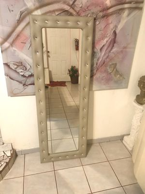"""""""Gray Diamond Large Style Mirror""""$80 for Sale in Hialeah, FL"""