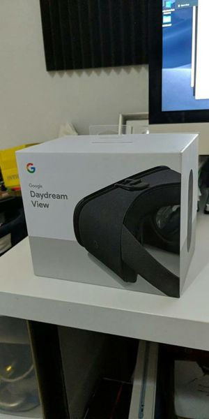 Google Daydream VR headset for Sale in Jersey City, NJ