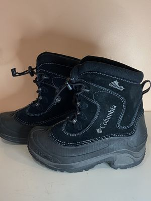Columbia snow boots kids 1 for Sale in Millcreek, UT