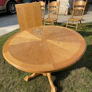 Solid Oak Dining Room Table 6 Seats for Sale in Visalia, CA