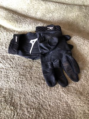 Mizuno baseball batting gloves size L for Sale in Corona, CA