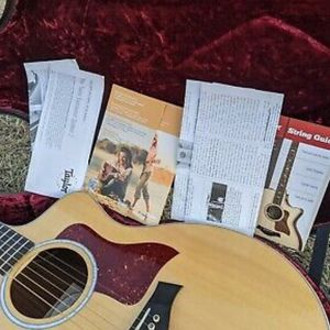 Taylor 214ce Deluxe Grand Auditorium Acoustic Electric Guitar OHSC & Paperwork for Sale in Atlanta, GA