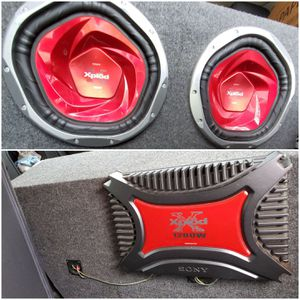 Speakers and Amp for Sale in Owensville, IN