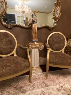 Gorgeous Antique 2 Chairs for Sale in Sterling Heights,  MI