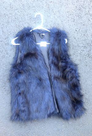 Faux fur vest for Sale in Bellevue, WA