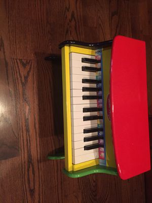 Melissa & Doug Learn to Play Piano for Sale in North Richland Hills, TX
