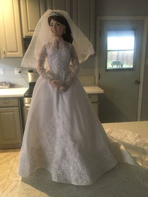 Princess Kate porcelain doll for Sale in Norwalk, CA
