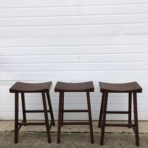 """3 Wood Saddle Seats Barstools. H 26 3/4"""" for Sale in Irving, TX"""