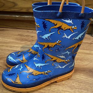 Boys 2/3 Rain boot for Sale in Acworth, GA