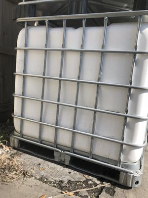 250 gl water tank for Sale in West Palm Beach, FL