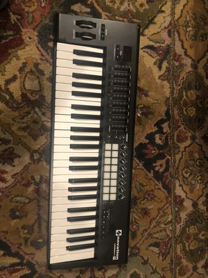 Novation Launhkey 49 Mk2 USB Midi Controller Keyboard for Sale in Bowie, MD