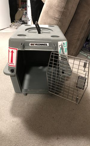 Dog/cat crate for Sale in Baltimore, MD