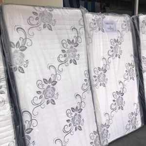 Deluxe Brand Twin SIZE (Mattress Only) for Sale in Long Beach, CA